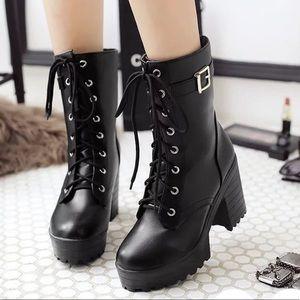 Shoes - Women's vogue lace up high top platform mid calf👢